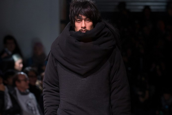 Yohji Yamamoto's 2016 Fall/Winter Collection Draws Cues From Asylum Seekers