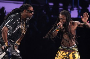 2 Chainz & Lil' Wayne Debut New Track on 'The Tonight Show Starring Jimmy Fallon'