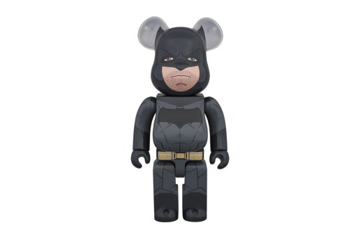 'Batman v Superman: Dawn of Justice' x Medicom Toy 400% Batman Bearbrick