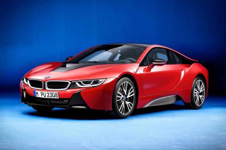 "BMW's i8 Gets a Makeover in ""Protonic Red"""