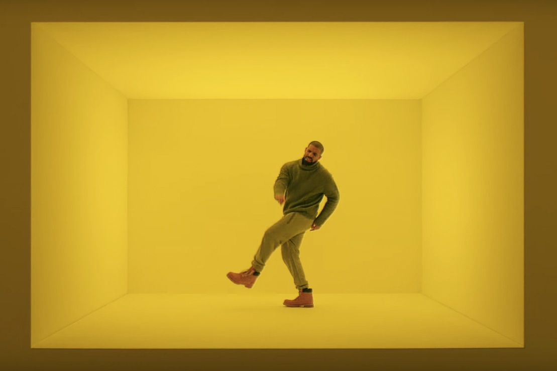 "Watch Drake Switch up ""Hotline Bling"" for T-Mobile's New Super Bowl Commercial"