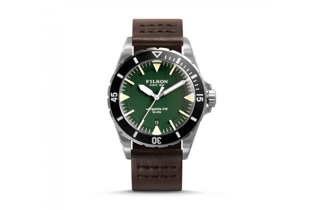 Filson Introduces the Dutch Harbor Watch Inspired by Dive Watches of the '50s