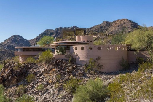 Architect Frank Lloyd Wright's Last Home Is What Dreams Are Made Of