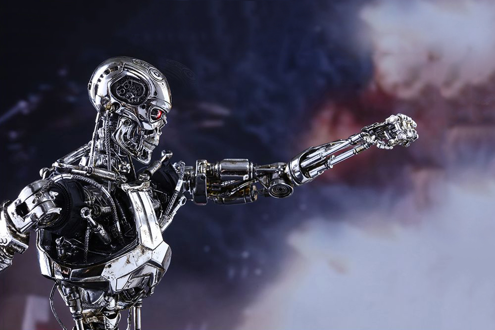 Hot Toys' 'Terminator Genisys' Endoskeleton Collectible Figure Is Terrifying