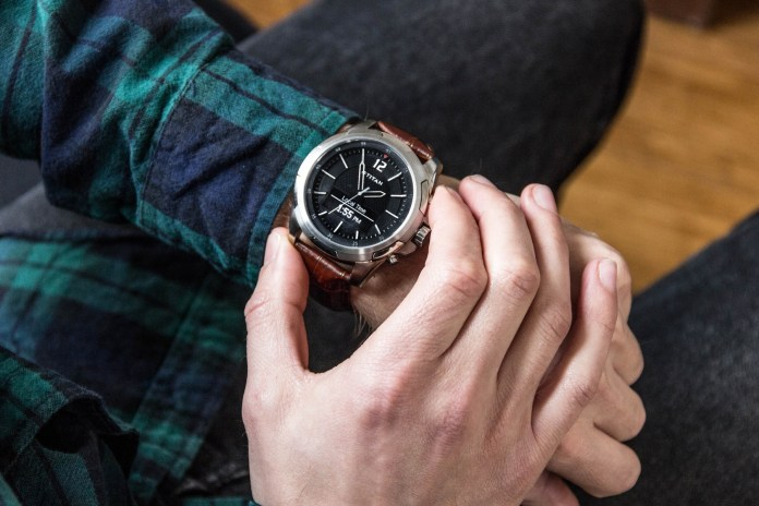 Smart Meets Style With the New Titan JUXT Watch, Engineered by HP