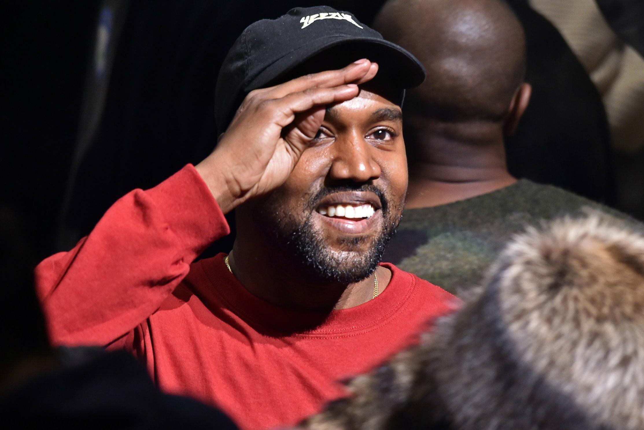 Kanye West Promises Free Yeezys on Twitter