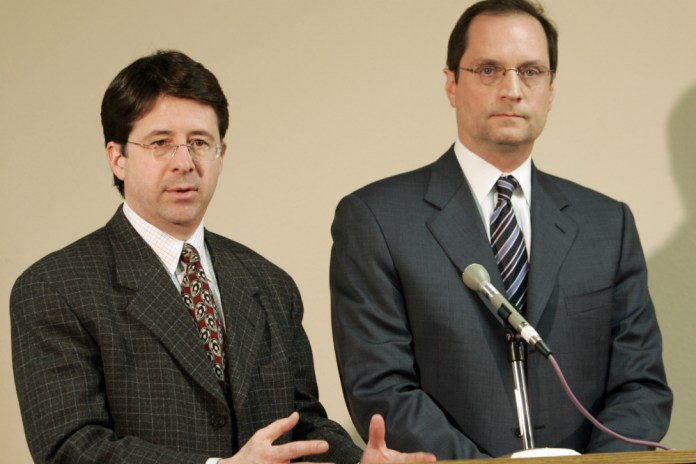The Lawyers From 'Making a Murderer' Are Going on Tour