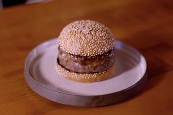 See How This Michelin-Starred Chef Creates the Perfect Burger