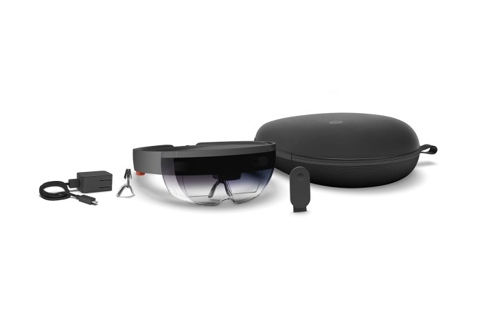 Microsoft's HoloLens Is Available to Pre-Order Now for $3,000 USD