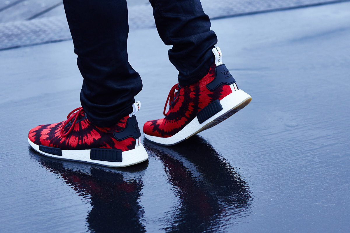 new concept 831fc 0ce8d adidas nmd red spider