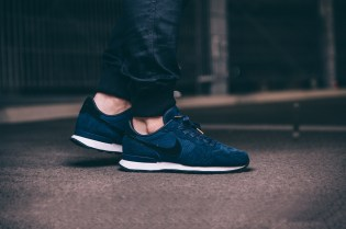 "Nike's Internationalist LX Silhouette Receives an ""Obsidian"" Treatment"