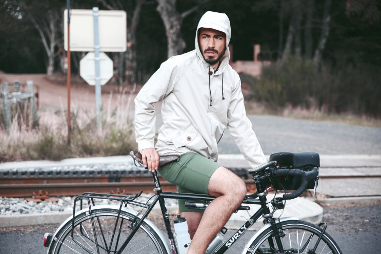 "OLOW 2016 Spring/Summer ""Roues Libres"" Lookbook"