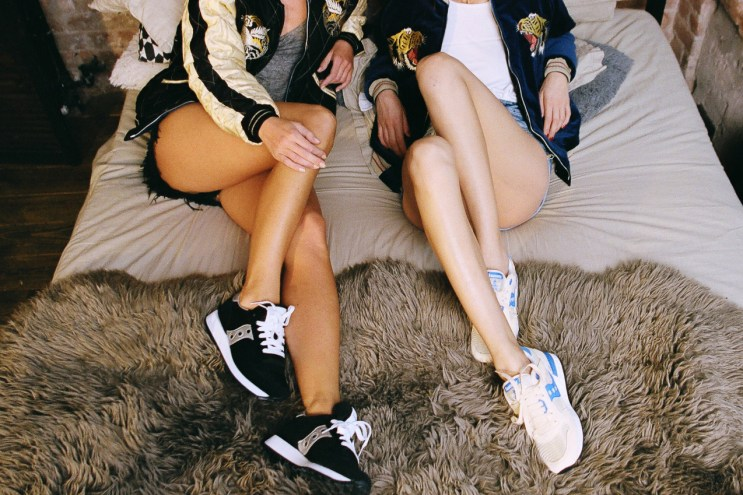 Saucony Originals Unveils a 2016 Spring/Summer Editorial Shot on 35mm by Saucony Russia