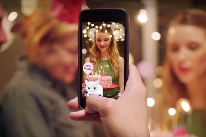 Snapchat Now Lets You Create Your Own Custom Geofilters