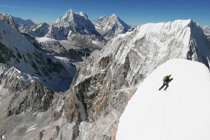 This Video of High Altitude Climbing In Nepal Will Have You In Tears