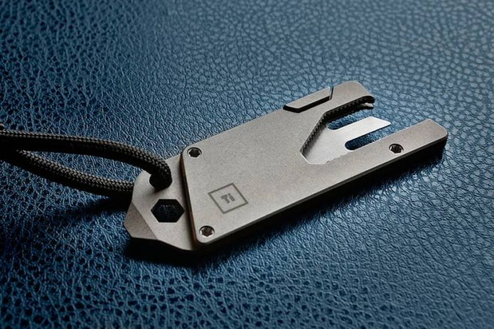 The Titanium Pocket Tool One-Ups the Swiss Army Knife With Its Compact Form