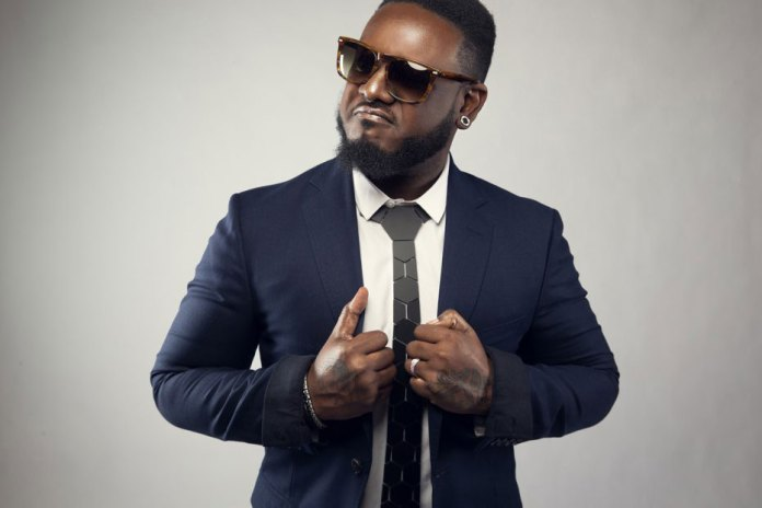 """T-Pain Helps Prep Your Valentine's Day Weekend with """"Officially Yours"""" Track"""