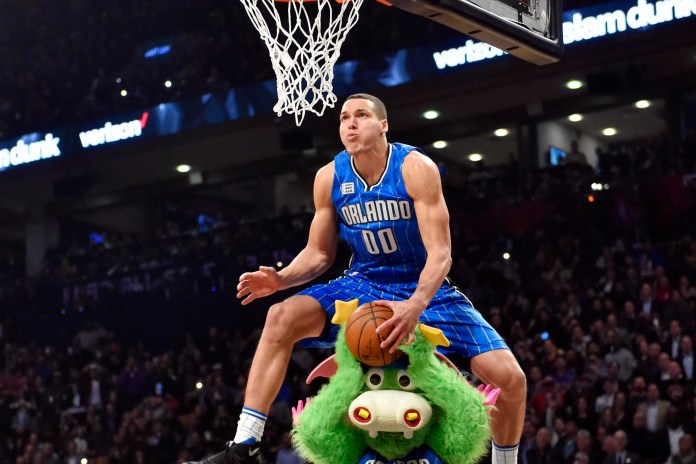 Watch The Perfect Scores From Every NBA Dunk Contest