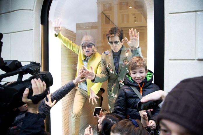 Ben Stiller & Owen Wilson Pose as Mannequins in a Valentino Store Window