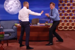 Conor McGregor Nearly Takes out Conan O'Brien With a Capoeira Spin Kick