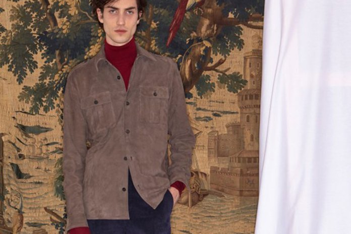 Éditions M.R Unveils Elegant 2016 Fall Collection