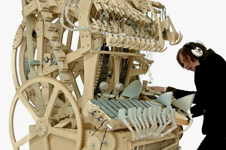 Incredible Homemade Instrument Creates Music With 2,000 Marbles