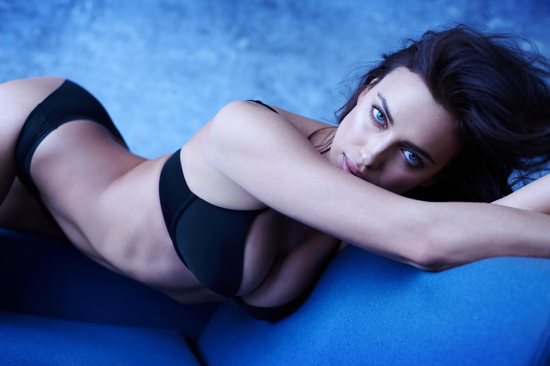 "Irina Shayk Stars in Intimissimi's ""The Perfect Bra Book"""