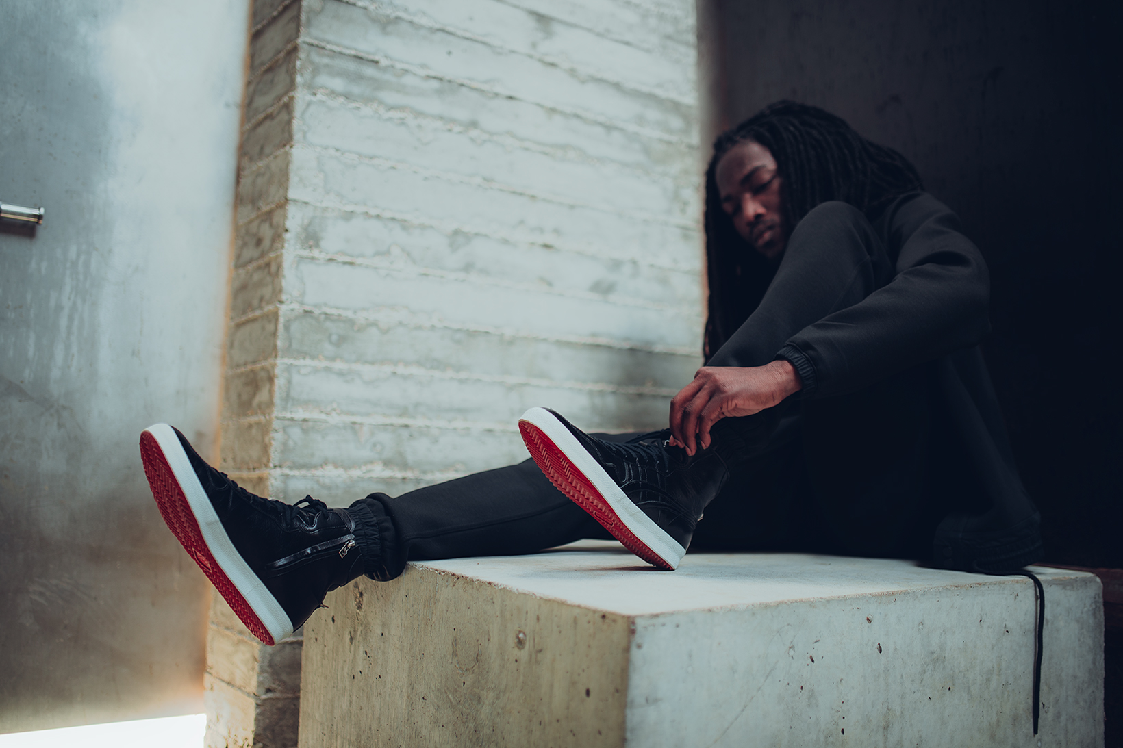 mastermind JAPAN x Onitsuka Tiger Fabre Nippon Pack Lookbook