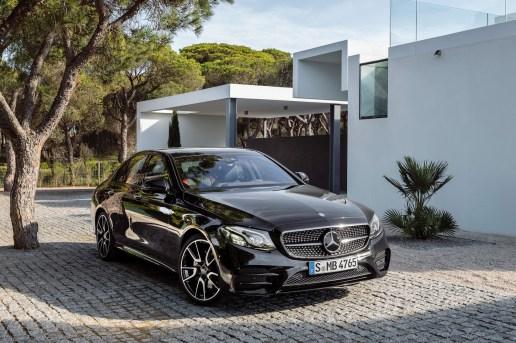 Mercedes Debuts the 396 Horsepower E43 AMG