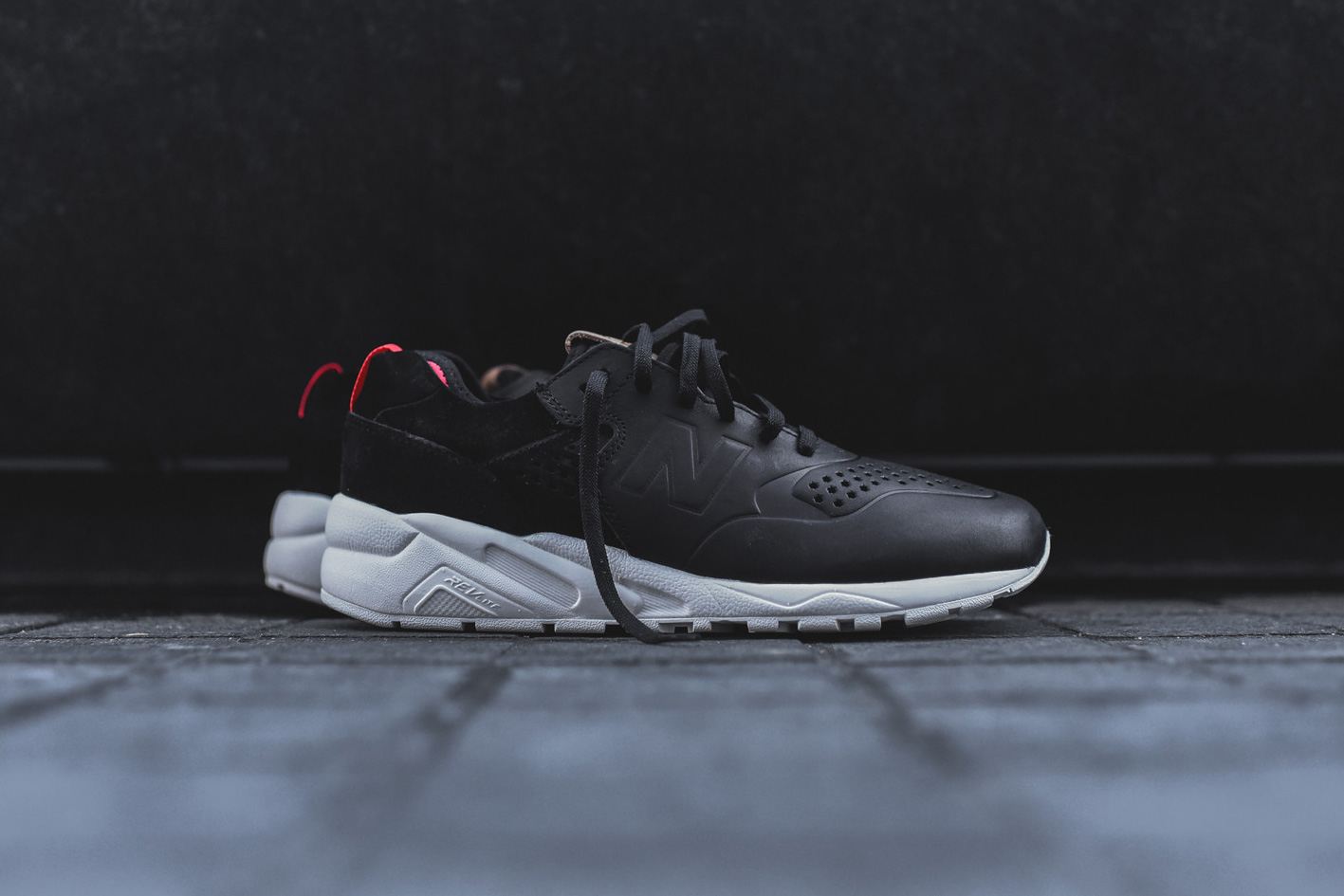New Balance Unveils the Deconstructed MT580