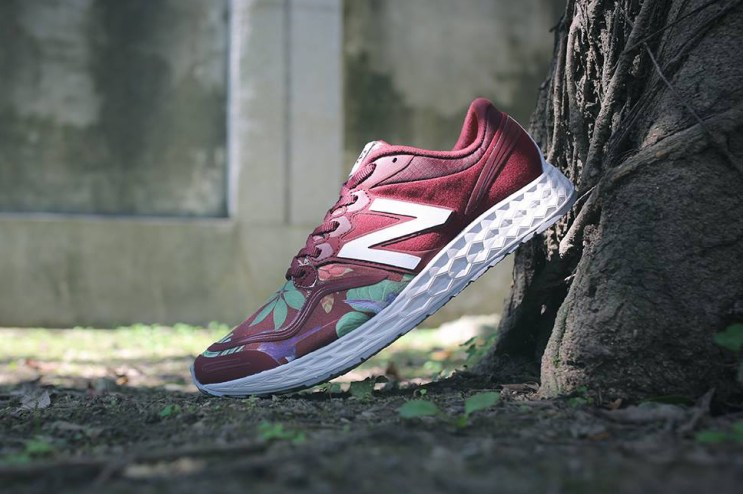 "New Balance Introduces an Exotic ML1980 ""Floral"" Pack"