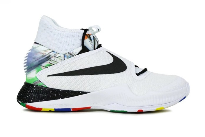 Nike Welcomes 2016's HyperRev Silhouette to the Net Collector's Society
