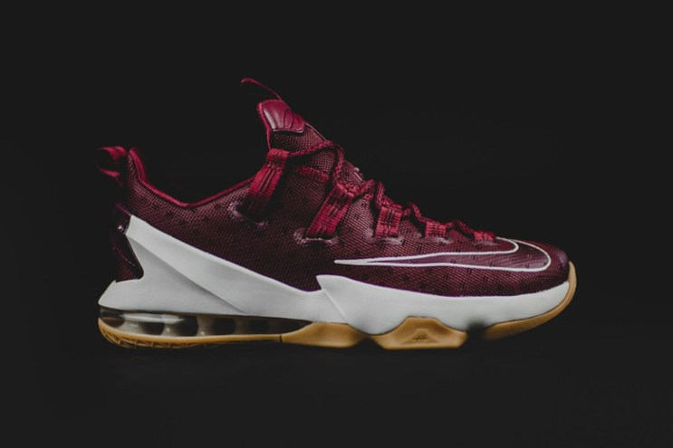 """The Nike LeBron 13 Low Debuts in """"Team Red"""""""
