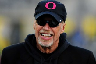 Nike Co-Founder Phil Knight Is the Richest Person in Sports