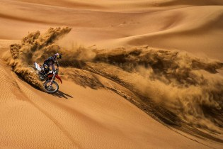 Watch Ronnie Renner Dominate the Dunes in a GoPro VR Experience