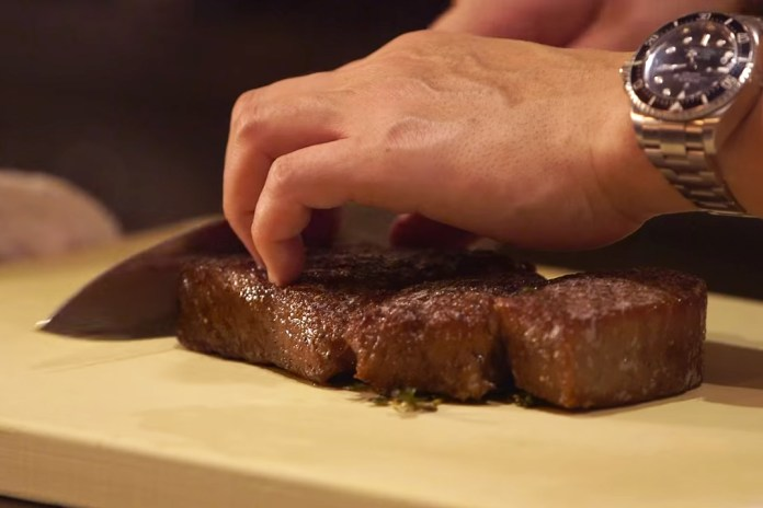 This Is What the World's Most Expensive Steak Tastes Like