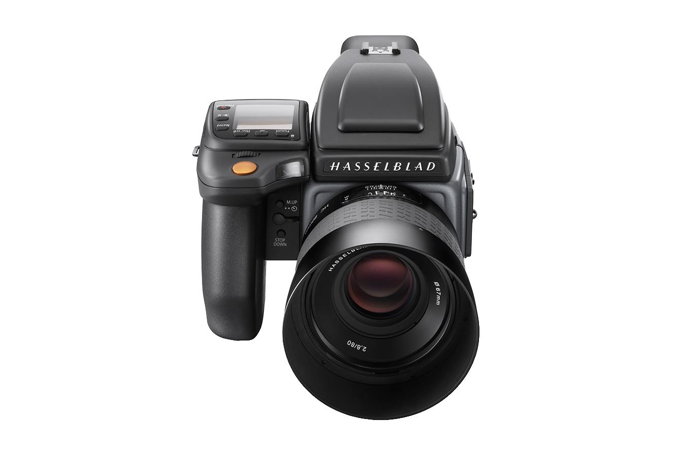 Hasselblad Unveils Two H6D Medium Format Cameras