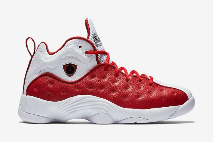 Jordan Brand's Classic Jumpman Team II Gets a Bulls-Inspired Makeover