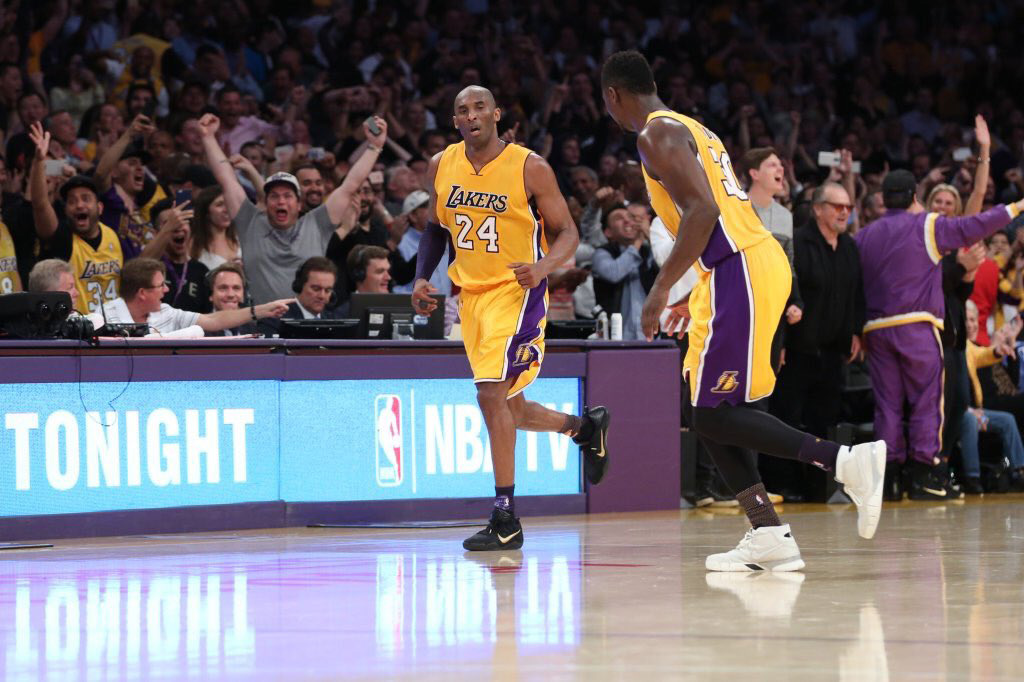 Kobe Bryant Drops 60 Points in His Final Game
