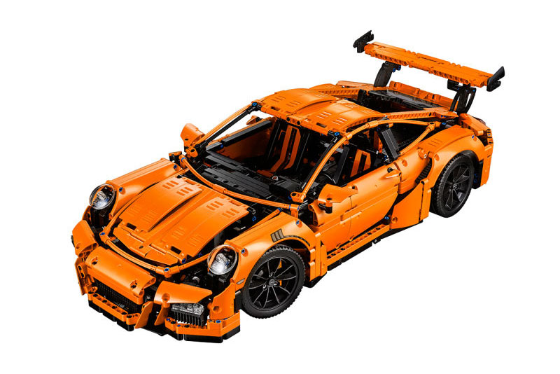 This LEGO Technic Porsche 911 GT3 RS Looks Ready for 'Mad Max'