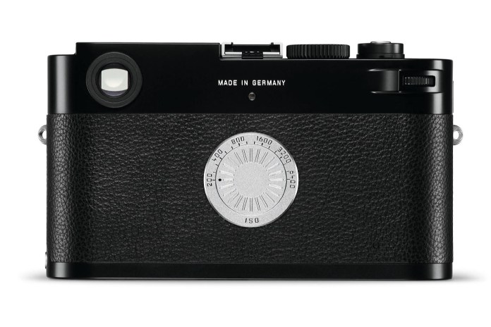 Why Did Leica Release a Digital Camera Without an LCD Screen?