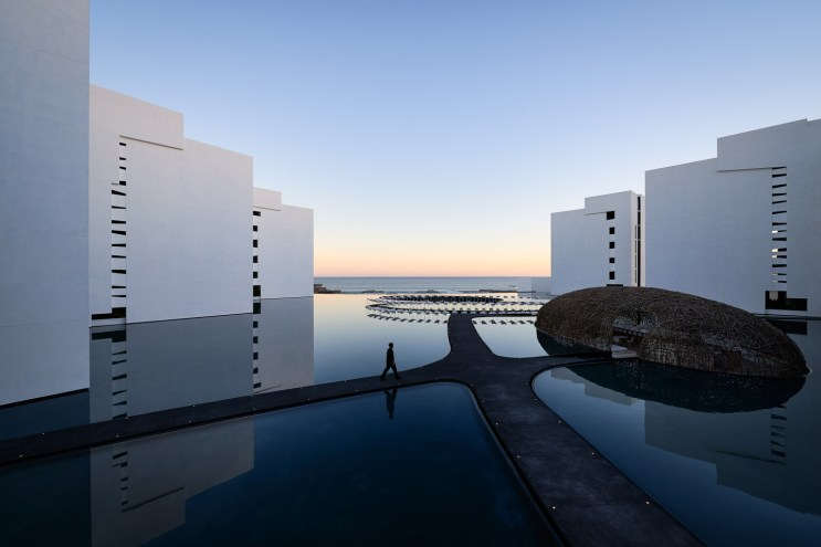 This Is the World's Most Minimalist Hotel