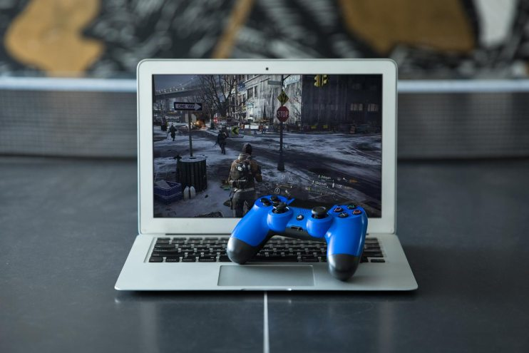 You Can Now Play PS4 Games on Your Mac