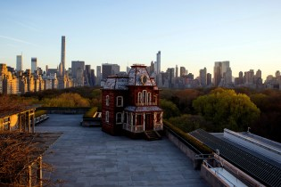 Alfred Hitchcock's 'Psycho' House Gets Recreated on the Met Museum's Rooftop