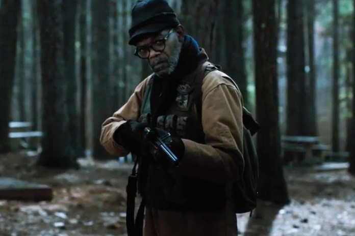Samuel L. Jackson & John Cusack Fight Zombies in the Adaptation of Stephen King's 'Cell'