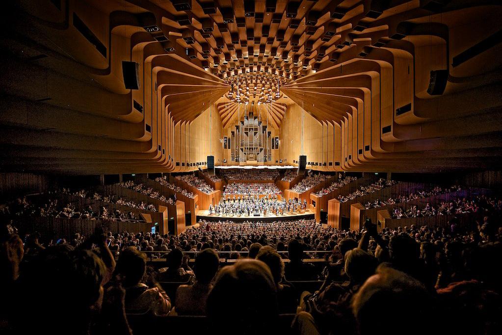 Take a 360-Degree Tour of the Sydney Opera House