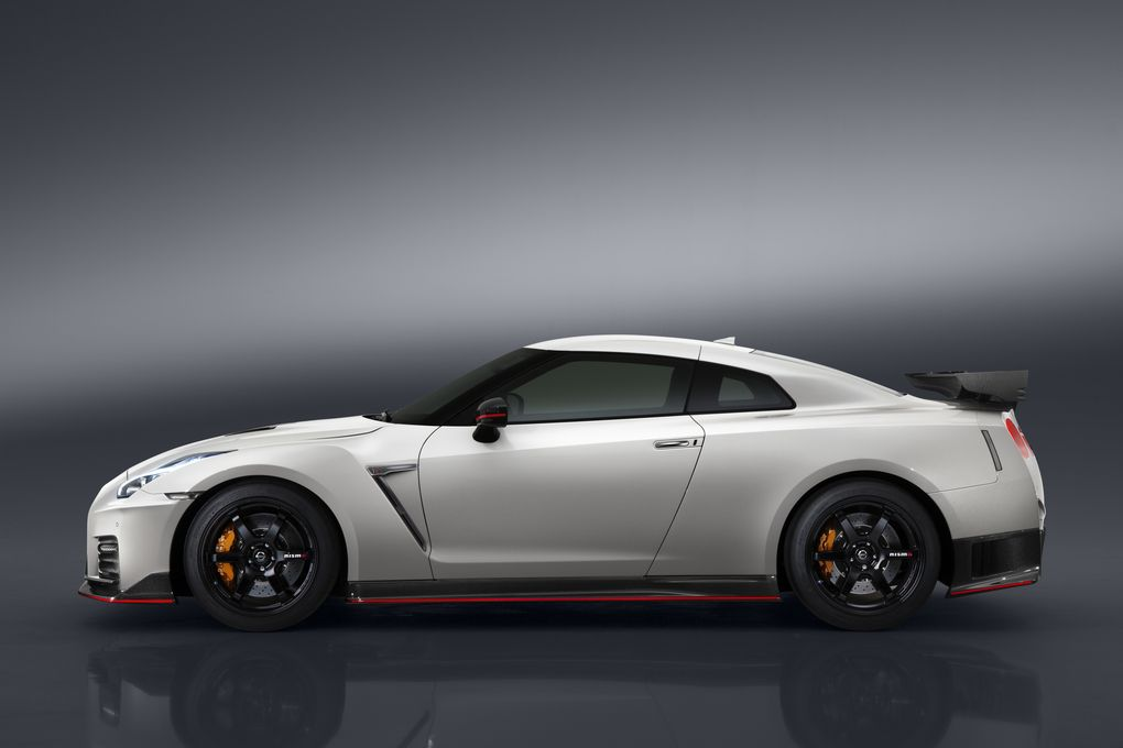 The 2017 Nissan GT-R Gets the Nismo Upgrade