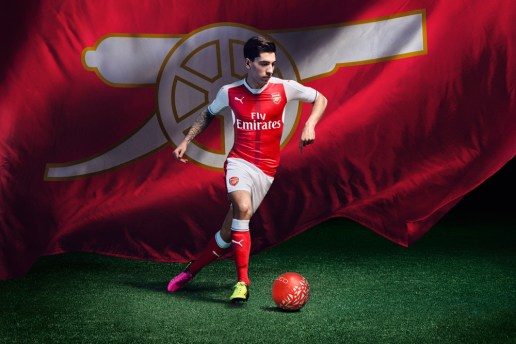 Arsenal and PUMA Unveil the Gunners' 2016-17 Home Stripe