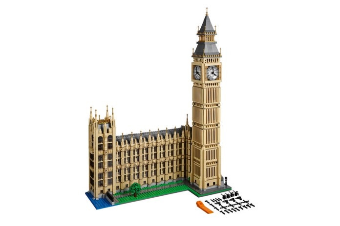 LEGO Celebrates London's Infamous Big Ben With New 4000+ Piece Set