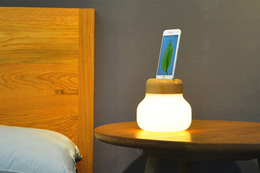 mushroom lamp iphone charger zision x idmix